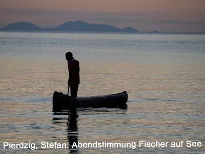 abendstimmung-am-see-mit-blick-auf-maleri-islands
